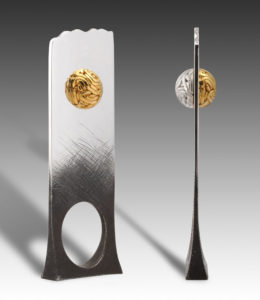 Submission by Alan Revere for the 2004 sphere American Jewelry Design Council Project