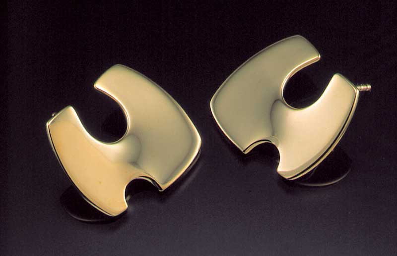 Submission by Diana Vincent for the 1999 puzzle American Jewelry Design Council Project