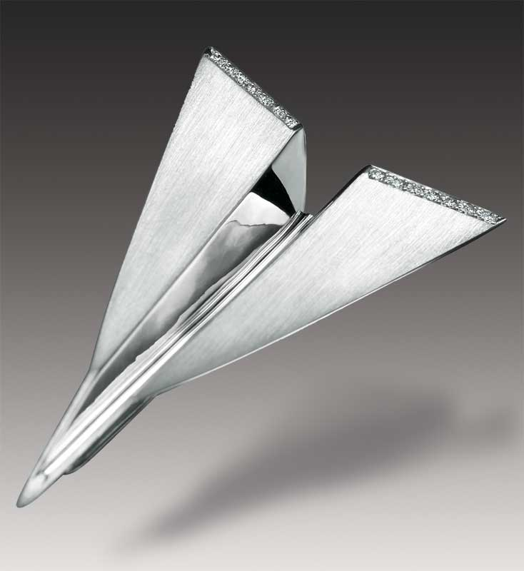 Submission by Mark Schneider for the 2003 fold American Jewelry Design Council Project
