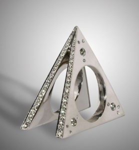 Submission by Mark Schneider for the 2005 pyramid American Jewelry Design Council Project