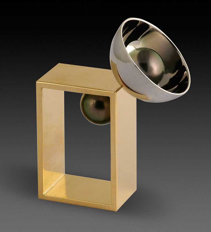 Submission by Paul Klecka for the 2004 sphere American Jewelry Design Council Project