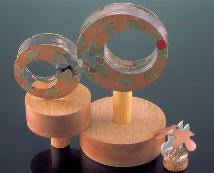 Submission by Paul Robilotti for the 1999 puzzle American Jewelry Design Council Project