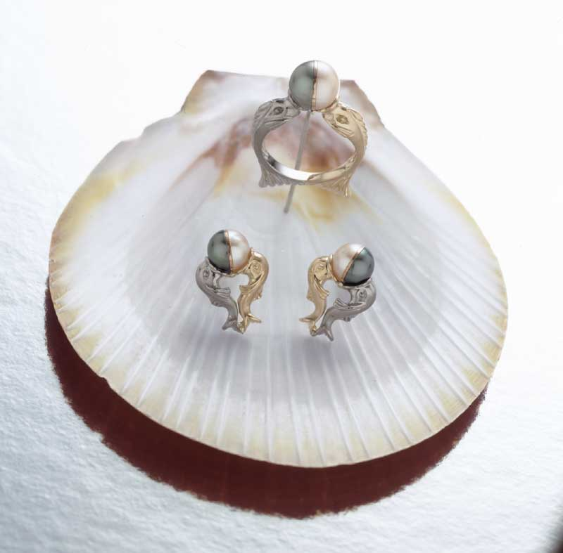 Submission by Paul Robilotti for the 2000 water American Jewelry Design Council Project