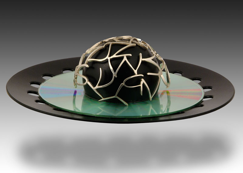 Submission by Paul Robilotti for the 2004 sphere American Jewelry Design Council Project